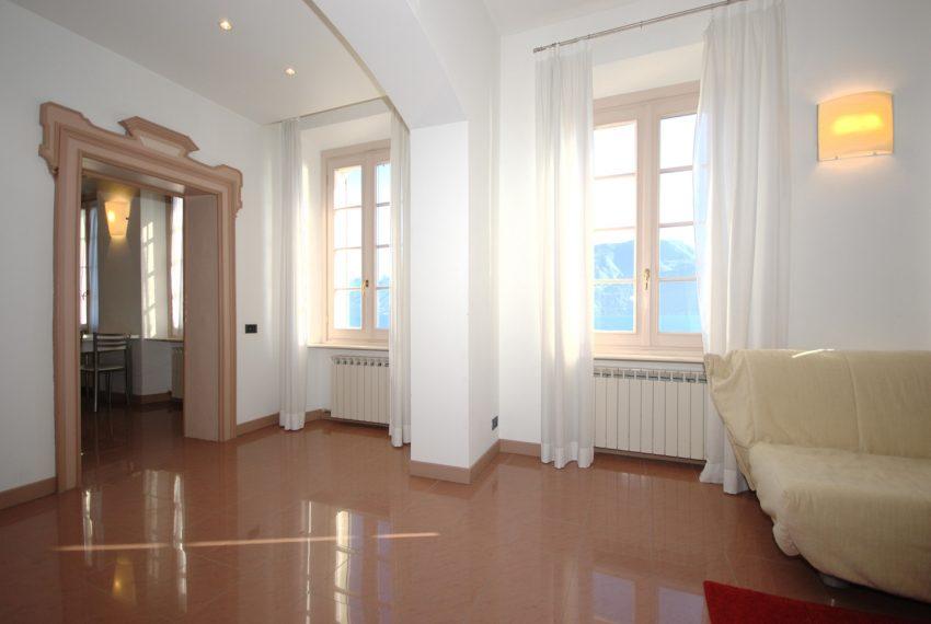 Griante apartment in lake front villa (5)