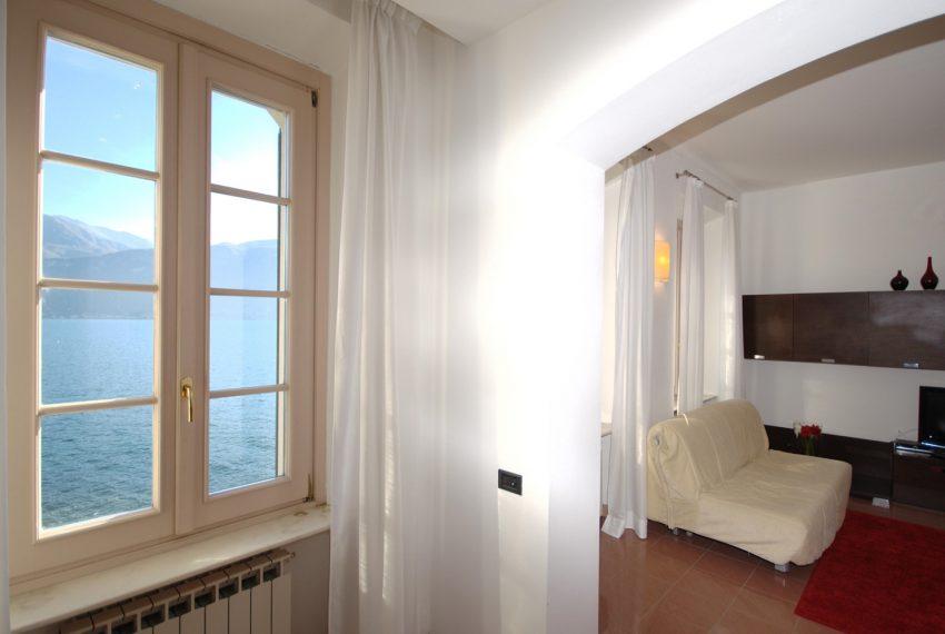 Griante apartment in lake front villa (6)