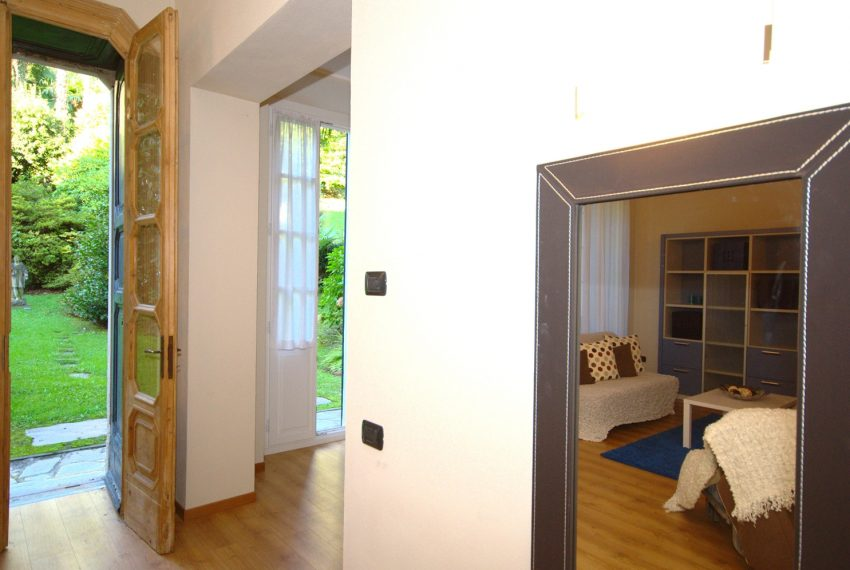 Griante apartments in lake front villa (7)