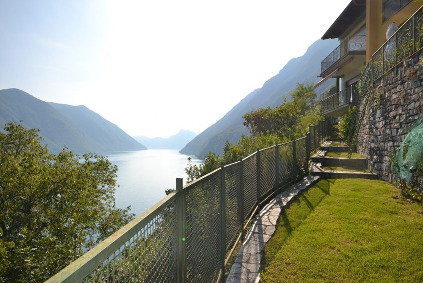 Lugano Lake apartment in Valsolda for sale with great lake view (6)