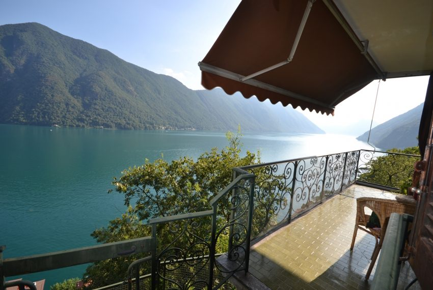 Lugano Lake apartment in Valsolda for sale with great lake view (7)
