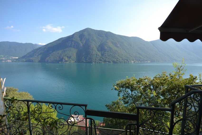 Lugano Lake apartment in Valsolda for sale with great lake view (8)