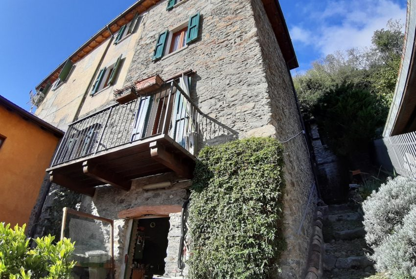 Lake Como San Siro house for sale (12)