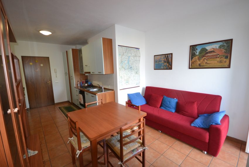Lake Como san Siro one bedroom apartment with lake view (8)