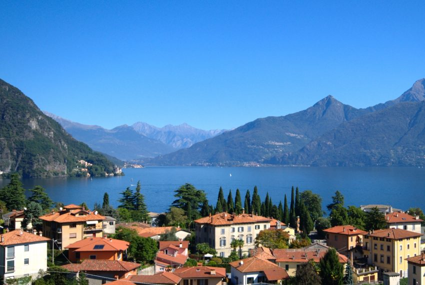 menaggio historical villa close to the centre, with garden terrace, lake view and parking spaces (10)