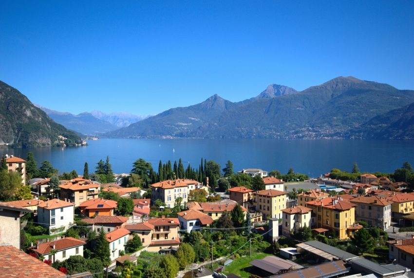 menaggio historical villa close to the centre, with garden terrace, lake view and parking spaces (21)