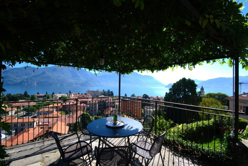 menaggio historical villa close to the centre, with garden terrace, lake view and parking spaces (9)