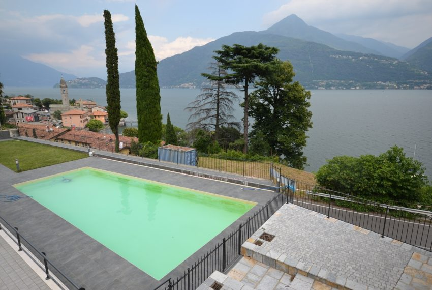 lake Como brand new penthouse with pool, private garden, garage and lake view. 100 mt from the beach (15)