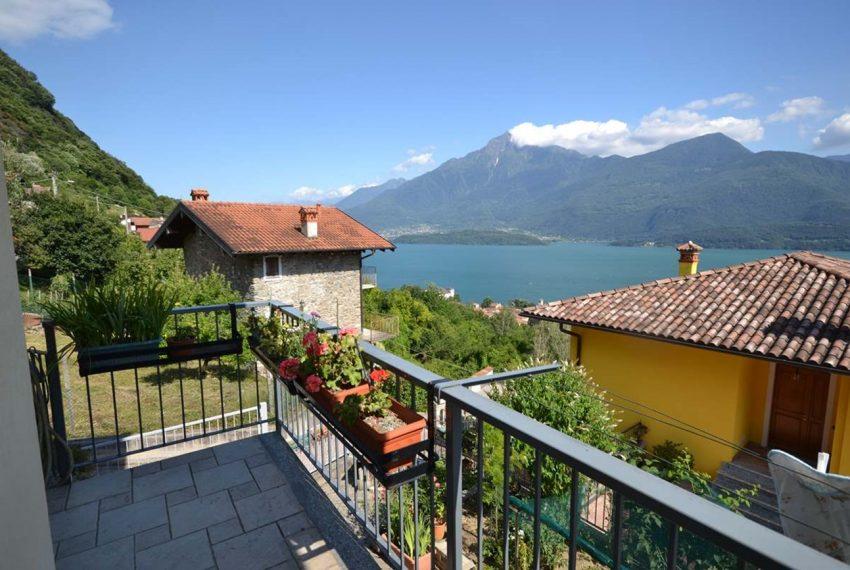 Lake Como Gravedona house with garden and lake view (7)