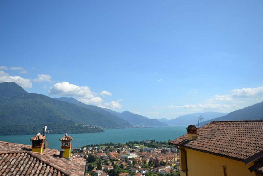 Lake Como Gravedona house with garden and lake view (8)