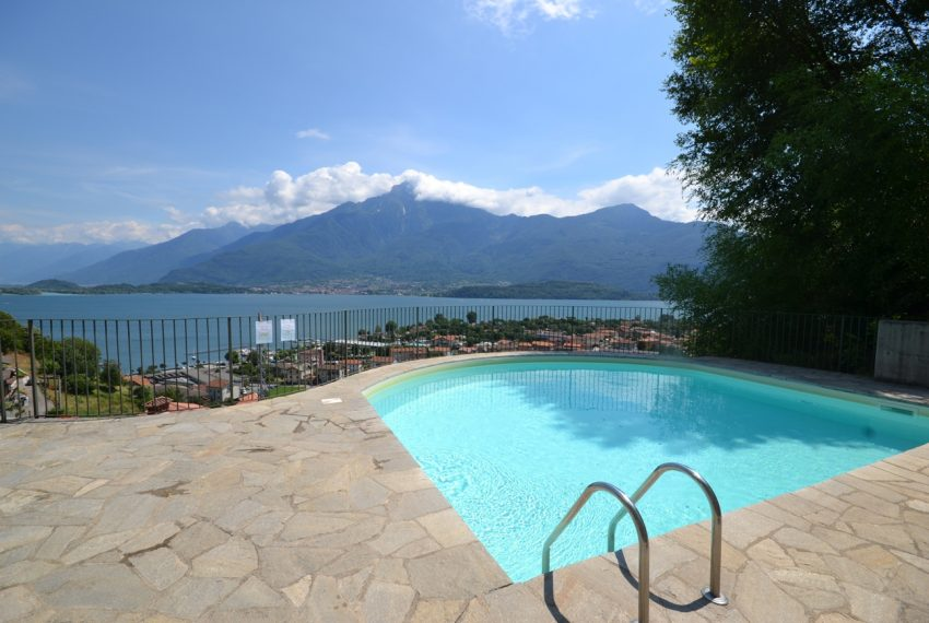 Lake Como Vercana apartment in residence with pool and large lake vie wterrace (7)