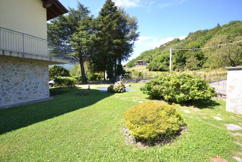 Menaggio hillside, apartament in residence with pool and lake view (6)