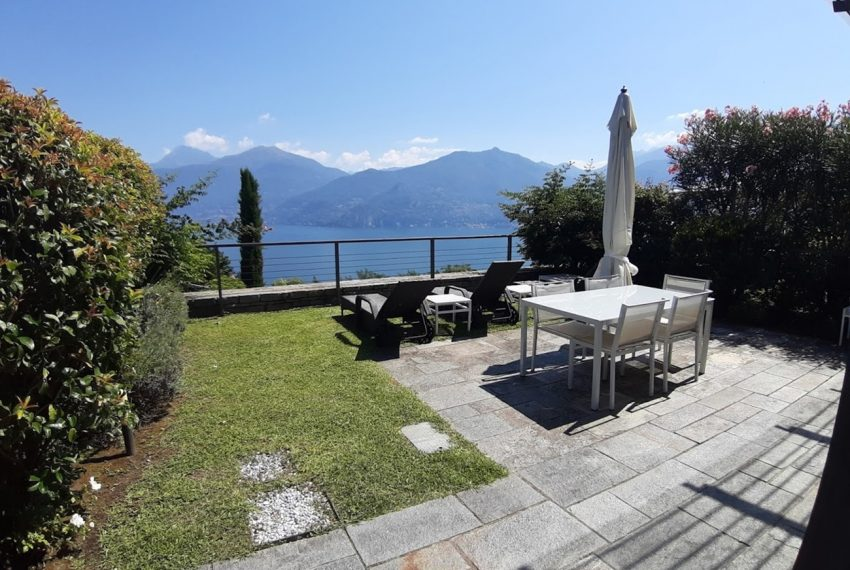Menaggio large apartment in exclusive residence with pool (3)