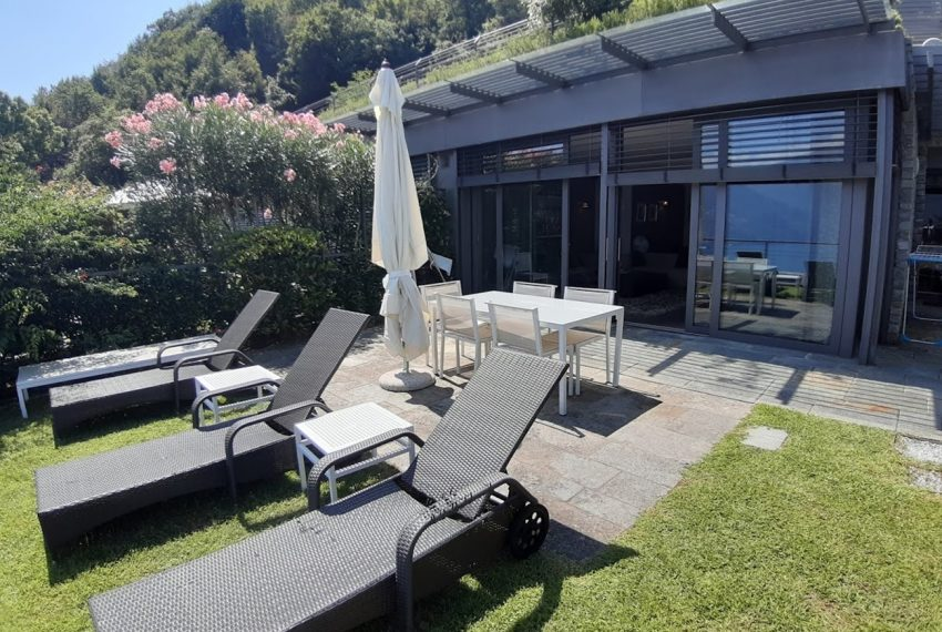 Menaggio large apartment in exclusive residence with pool (4)