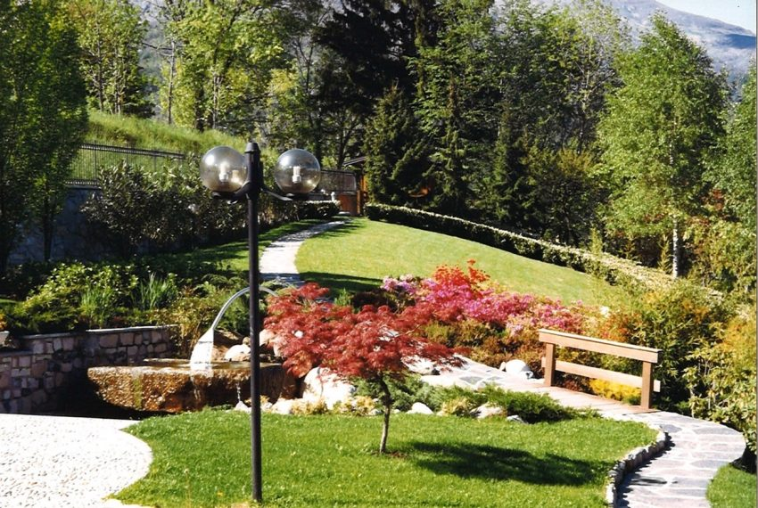 Menaggio villa with amazing lake view (16)