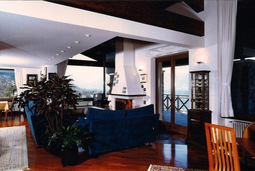 Menaggio villa with amazing lake view (19)