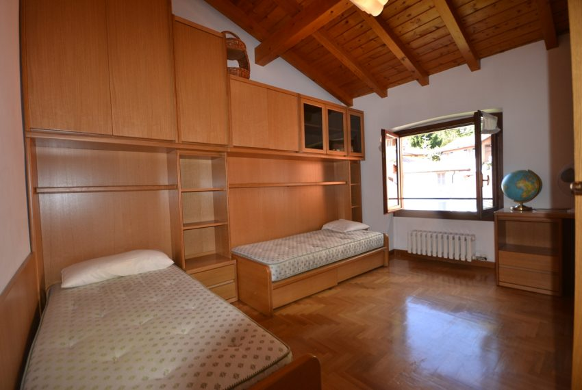 Lake Como Ossuccio penthouse with direct access to the lake (7)