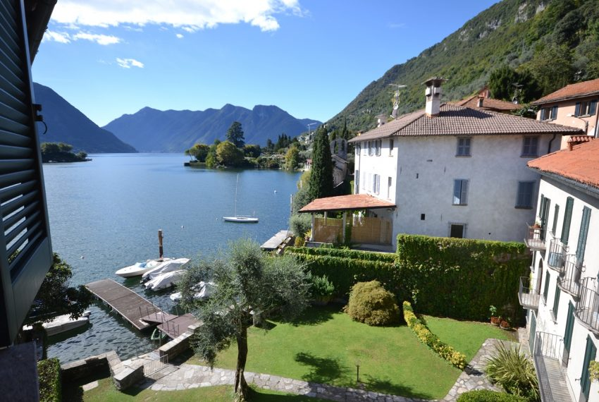 Lake Como Ossuccio penthouse with direct access to the lake (8)