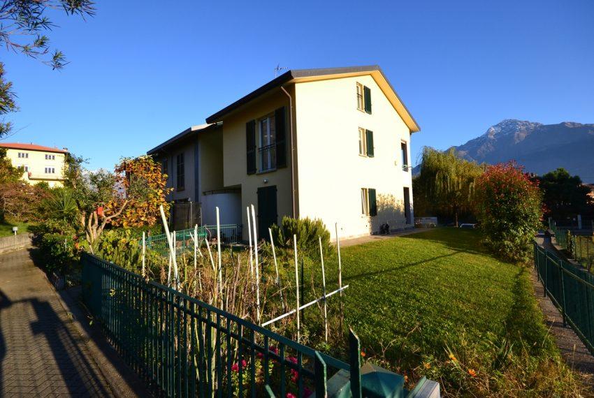 Domaso apartment close to the center with garage, cella and small garden (7)