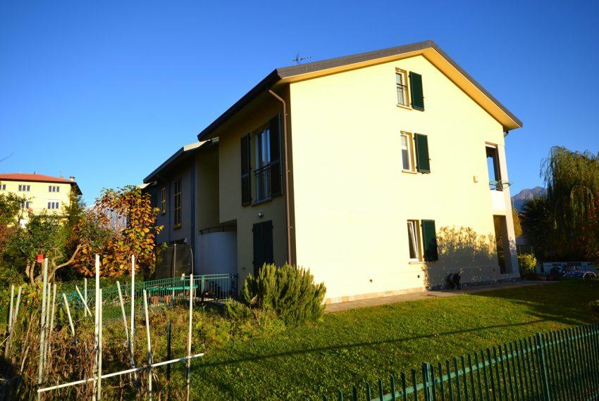 Domaso apartment close to the center with garage, cella and small garden (8)