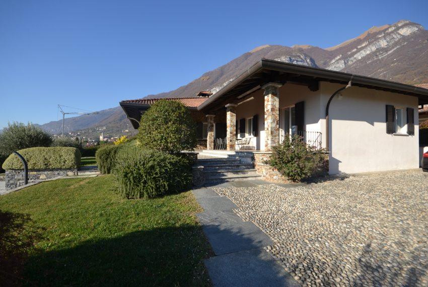 Lake Como tremezza villa for sale with garden and pool (10)