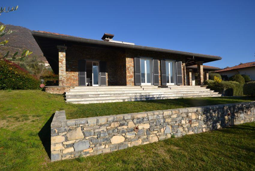 Lake Como tremezza villa for sale with garden and pool (6)