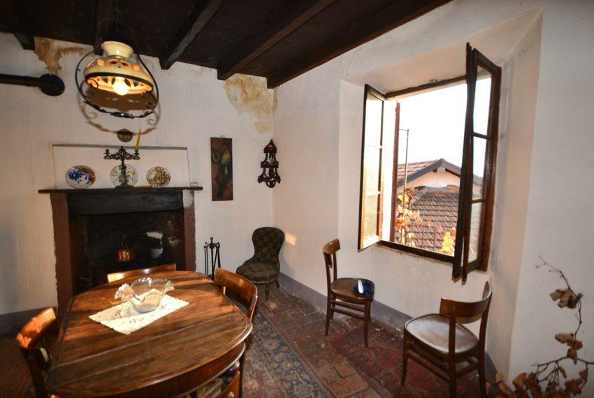 Lake Como tremezzina Lenno stone house in historic centre (7)