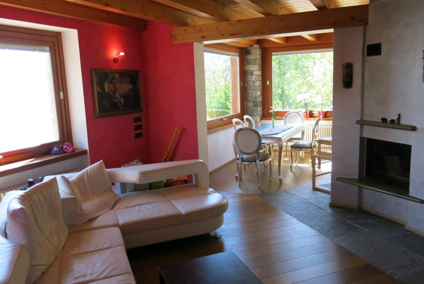 LAKE COMO stone villa for sale with garden, pool, garage and amazing view (10)