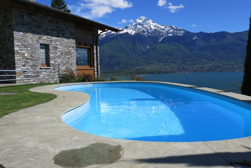 LAKE COMO stone villa for sale with garden, pool, garage and amazing view (21)