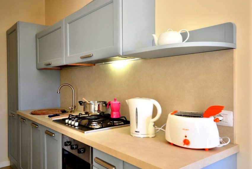 Lenno apartment in residence with poll and parking space. Close to all amenities (4)