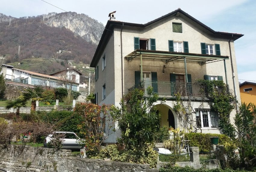 Lake Como Musso detached villa with garden and lake view (4)