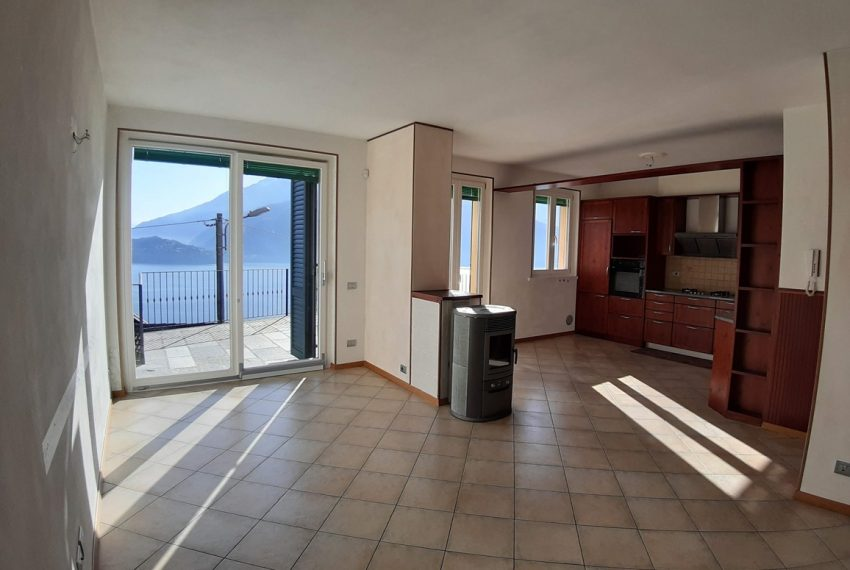 Musso brand new house dominating the lake - Lake Como (1)