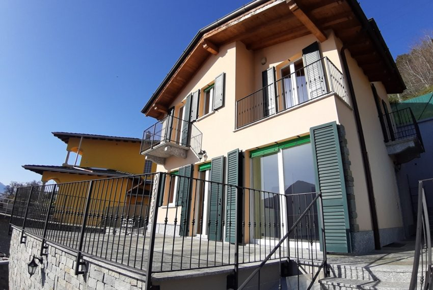 Musso brand new house dominating the lake - Lake Como (15)