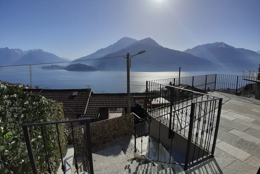 Musso brand new house dominating the lake - Lake Como (16)