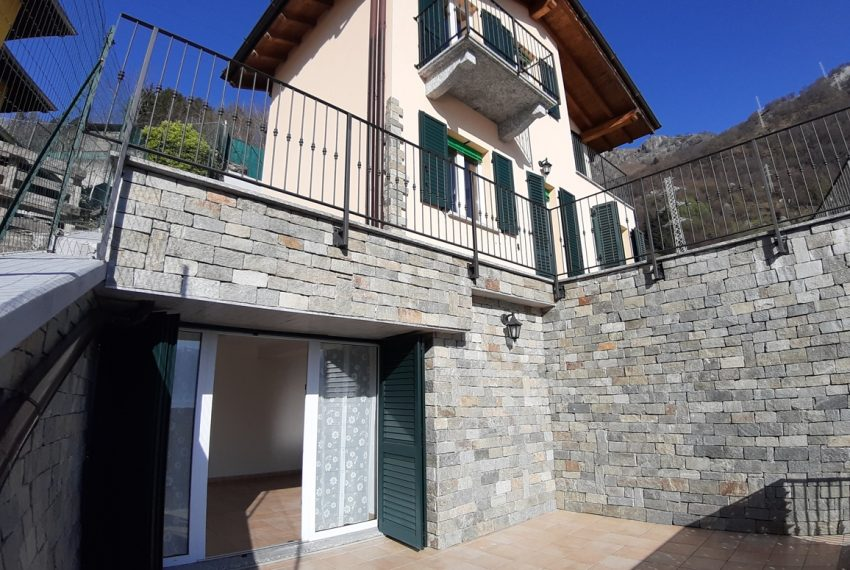 Musso brand new house dominating the lake - Lake Como (21)