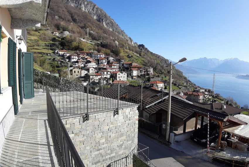 Musso brand new house dominating the lake - Lake Como (5)